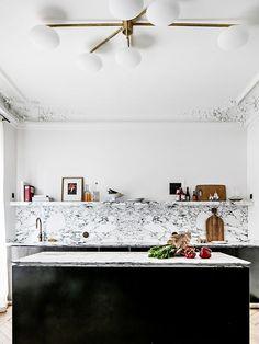 Modern Kitchen Interior Kitchen Trends Backsplash - Looking to renovate your kitchen this year? We investigated biggest kitchen trends so you can make smart design decisions. Design Studio, Home Design, Design Ideas, Smart Design, Nordic Design, Design Design, Design Projects, Design Trends, Interior Design Kitchen