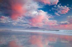 Table Mountain from Blouberg Beach, Cape Town Wallpaper Pc, Computer Wallpaper, Macbook Wallpaper, Wallpaper Paisajes, Cape Town South Africa, Table Mountain, Seen, Africa Travel, Beautiful World