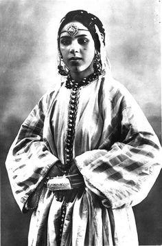 Retour en images sur l'incroyable beauté des femmes marocaines d'antan