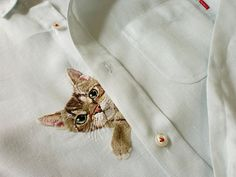 cat shirt a hand embroiderd cat peeps out from the от ShopGoGo5