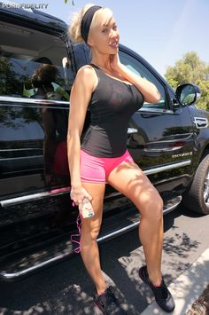 Summer Brielle in running clothes #Fitness #Busty #Sport #BigTits #MILF #Fit