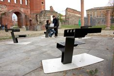 the torinto-based studio examined the needs of modern city dwellers. their findings led them to a two-level outdoor furniture piece, one level for sitting and a higher surface for eating or using a computer.