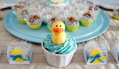 blue and yellow for this rubber duck themed party