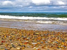 Lake Superior Agate Beach. Pictured Rocks National Lakeshore. (photo by Bill Morgenstern).