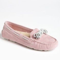 Ugg Meena Moccasin Pink Slippers Good condition UGG Shoes Slippers