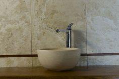 Fianino Lavabo in pietra di Rapolano da appoggio #pietredirapolano #travertino #lavabi #lavandini #pietranaturale
