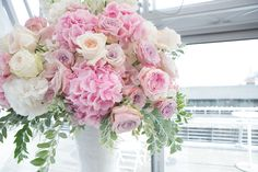 Stunning wedding flower arrangement repined by Every Bloomin' Thing #iowacity