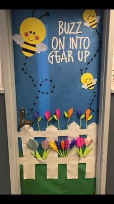 Thinking about Spring Classroom decorations or Easter decorations for Classroom? Take quick clues from this Easter and Spring Classroom Door Decorations. Kindergarten Door, Preschool Door, Preschool Classroom, Preschool Crafts, Teacher Door Decorations, School Decorations, Spring Art Projects, Toddler Art Projects, Classroom Door