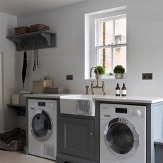 Classic English style in the utility area of the Old Vicarage project with a Miele washing machine and tumble dryer and a butler sink with an aged brass Ionian tap and rinse. Boot Room Utility, Utility Room Storage, Utility Sink, Laundry Room Storage, Laundry Room Design, Kitchen Design, Utility Room Designs, Modern Country Kitchens, Small Kitchens