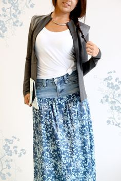 Olddenim_2. Note from Starr: I have seen these being sold at craft fairs and are very popular, especially when the skirt has more fullness and wearing a large belt