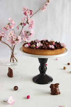 ... tarte chocolat (pâte sablée à la noisette, croustillant praliné gianduja et crémeux chocolat) ...