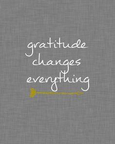 gratitude changes everything drak gray linen free printable