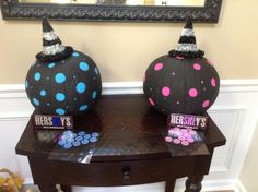 Witch will it be? Gender reveal, fall theme Witch will it be? Pumpkin Gender Reveal, Fall Gender Reveal, Halloween Gender Reveal, Gender Reveal Party Games, Gender Reveal Themes, Gender Party, Baby Shower Gender Reveal, Reveal Parties, Baby Shower Fall
