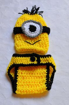 Despicable Me Minion Crochet Outfit. Newborn Halloween Costumes. Baby Boy Halloween Costumes