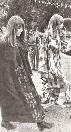 Pattie Boyd 1968 | Rishikesh AshramFebruary 1968 - Jenny and Pattie walking together ...