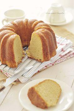 Croissants, Sweet Recipes, Cake Recipes, Choco Chocolate, Delicious Desserts, Yummy Food, Victoria Sponge Cake, Deli Food, Bunt Cakes