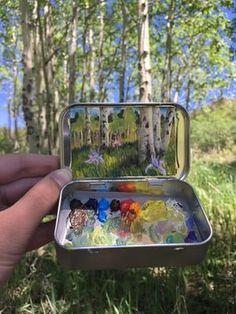 Heidi Annalise maalib panoraam maastikud väikesteks mint konservikarpi.