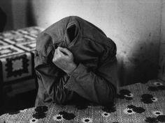 San Clemente asylum by Raymond Depardon - 1979 Magnum Photos, Photography Words, Street Photography, Villefranche Sur Saône, Insane Asylum, French Photographers, Photo L, Portraits, Photojournalism