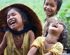 Se tronchan de risa