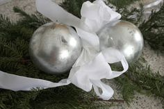 Life as a Three Legged Dog: Free Faux Mercury Glass Ornament Tutorial
