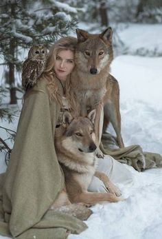 Photographer Olga Barantseva imagines wondrous worlds through her fairytale photography. They use real life animals in the picturesque images. Fantasy Photography, Animal Photography, Walmart Photography, Photography Tips, Wedding Photography, Photography Courses, Photography Backdrops, Vintage Photography, Digital Photography