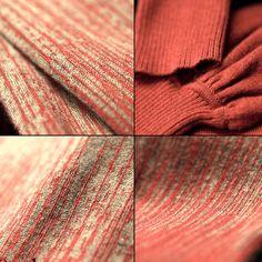 Gola Olímpica Mangas bufantes compridas  Tecido: Lã Marca: Artka - Original Composição poliester, acrílico e algodão. Estilo retro Decote duplo Cor: marrom e vermelho Cor natural (sem tingimento) Tamanho: M   Medidas: Busto: 82cm Ombro: 35cm Biceps: 40 cm Cintura: 72 cm Comprimento: 61 cm Comprimento da manga: 61cm