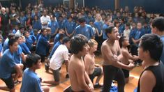 Best haka face off ever.MPG The imbibe it from their mother's milk! Haka New Zealand, All Blacks, Face Off, Rugby, Compliments, Things To Think About, Mother's Milk, Challenges, Awesome Stuff