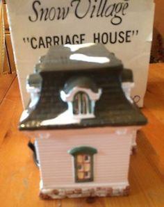 Dept 56 Snow Village Carriage House Building 5071-1 1988 Christmas