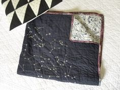 fabric: shot cotton wovens in coal, indian summer menagerie, batik embroidery pattern: haptic lab Quilting Projects, Quilting Designs, Sewing Projects, Textiles, Constellation Quilt, Fabric Crafts, Sewing Crafts, Quilt Patterns, Sewing Patterns