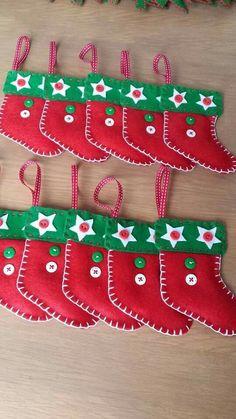 chaussette de Noël décoration de sapin en feutrine boutons Fimo