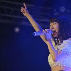【柏木由紀/モデルプレス=5月5日】3日、福岡・北九州市小倉の商業施設「あるあるCity」7階にオープンした「あるあるCityホログラムシアター」にて、AKB48兼NGT48の柏木由紀がワンマンライブ「シアターオープン記念SPライブ柏木由紀×あるあるCity vol.1」を開催した。