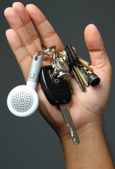 Keychain MP3 Speaker http://coolpile.com/gadgets-magazine/keychain-mp3-speaker/ via @CoolPile #iphone #ipad #ipod #mp3 $6.99