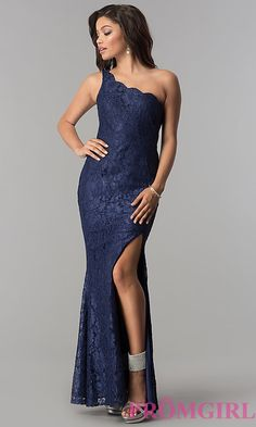 Shop gala dresses and long formal dresses for galas at Simply Dresses. Floor-length evening dresses, long formal gowns, black-tie dresses, and long dresses for galas. Navy Blue Prom Dresses, Pretty Dresses, Bridesmaid Dresses, Formal Evening Dresses, Evening Gowns, Strapless Dress Formal, One Shoulder Prom Dress, Gala Dresses, Beautiful Gowns