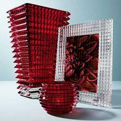 Baccarat Eye Rectangular Vase Red in Crystal, 2802302