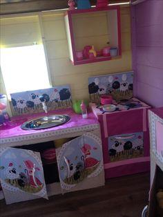 Cozinha de papelão Toy Chest, Storage Chest, Toys, Home Decor, Cardboard Kitchen, Toy Kitchen, Designer Toys, Kids Playing, Stuff Stuff
