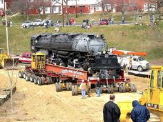 Moving one of the biggest steam locomotives (Union Pacific Big Boy)
