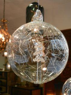 boule-de-noel-verre-kaolin-boutique - www.kaonline.fr