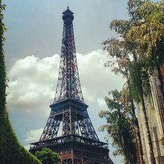 Eiffel Miniature, China - 2012