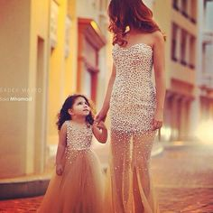 Cute mother-daughter matching dresses :)