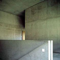 Valerio Olgiati - School, Paspels 1998
