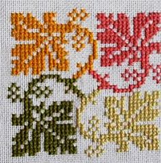 Hatice okumuş on Ins Kawaii Cross Stitch, Fall Cross Stitch, Cross Stitch Cards, Cross Stitch Borders, Cross Stitch Flowers, Modern Cross Stitch, Cross Stitch Designs, Cross Stitching, Cross Stitch Embroidery