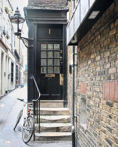 Door in Covent Garden, London