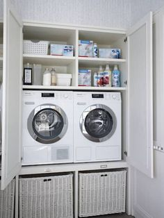 Küche von deulonder arquitectura domestica, rustikal - All For Home İdeas Small Laundry Rooms, Laundry Room Organization, Laundry Room Design, Bathroom Closet, Laundry In Bathroom, Laundry In Kitchen, Casa Decor 2016, Utility Room Designs, Casa Retro