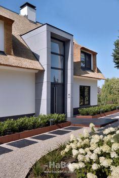 Front Door Entrance, Facade, Porch, Garage Doors, Villa, Home And Garden, Farmhouse, House Design, Mansions