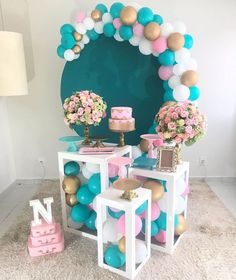 could use plastic balls Deco Baby Shower, Baby Shower Balloons, Birthday Balloon Decorations, Girl Baby Shower Decorations, Diy Birthday, Birthday Party Themes, Baby Gender Reveal Party, Instagram, Tiffany Blue Party