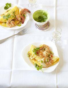 Rezept für Chili-Garnelen-Omelette bei Essen und Trinken. Ein Rezept für 4 Personen. Und weitere Rezepte in den Kategorien Eier, Gewürze, Kräuter, Meeresfrüchte, Milch + Milchprodukte, Schalen- und Krustentiere, Vorspeise, Hauptspeise, Fingerfood / Snack, Braten, Dünsten, Asiatisch, Einfach, Raffiniert.