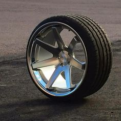 Rims And Tires, Rims For Cars, Wheels And Tires, Car Accessories For Guys, Car Interior Accessories, Audi S4, Truck Rims, Car Rims, Aftermarket Wheels