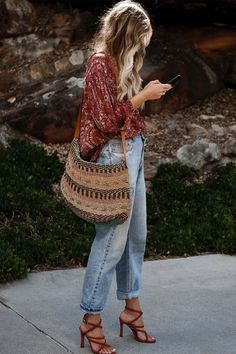 boho-stil do ver o ao inverno stehlen sie den look Boho Outfits, Indie Outfits, Fashion Outfits, Fashion Trends, Summer Outfits Boho Chic, Fashion Ideas, Hippie Chic Outfits, Fashion Inspiration, Casual Outfits