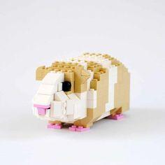 Check this lego guinea pig out! Masterfully Designed LEGO Animals by Felix Jaensch Lego Duplo, Lego Moc, Lego Technic, Lego Disney, Lego Minecraft, Lego Design, Lego Friends, Lego Sets, Legos