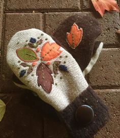 Mittens Up-cycled Mittens Autumn Mittens Brown by TheYankeeBelle